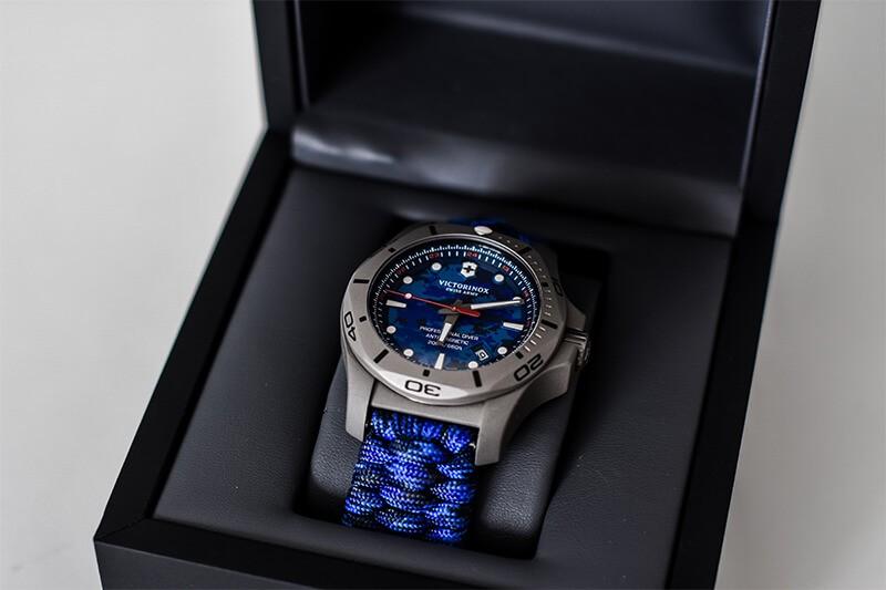 I.N.O.X. Professional Diver Titanium niebieski