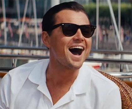Leonardo di Caprio w okularach przeciwsłonecznych Wayfarer